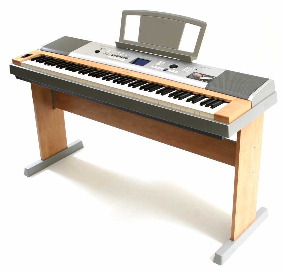 yamaha dgx 620 keyboard with weighted keyboard 88kl. Black Bedroom Furniture Sets. Home Design Ideas