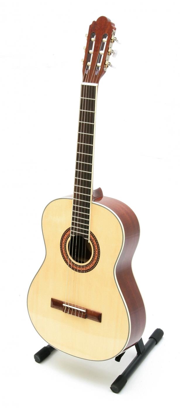 Pasadena cg1 classical guitar for Yamaha of pasadena