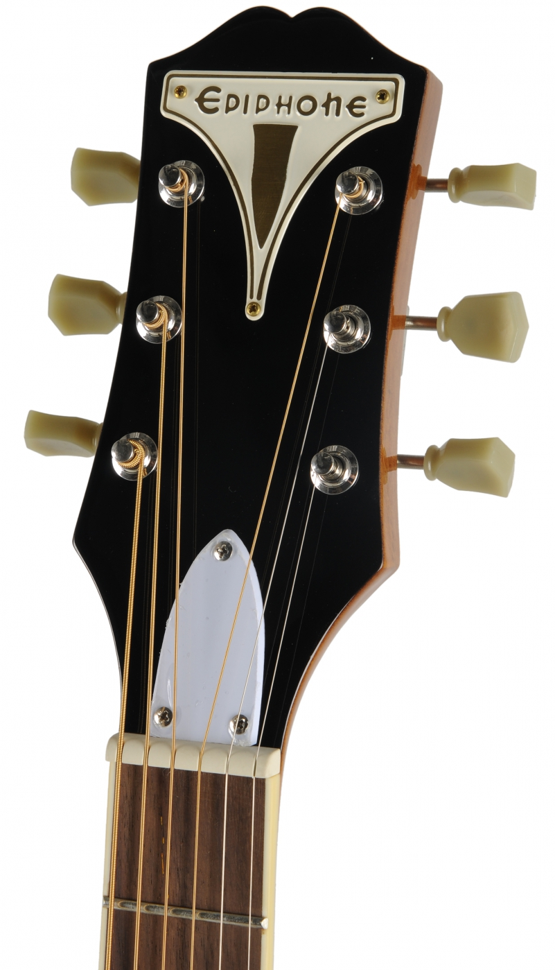 How Are Acoustic Guitars Different From Electric Guitars?